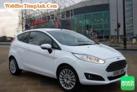 Làm sao để định giá xe Ford Fiesta cũ để bán nhanh nhất?