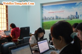 Situation 41: Discussing With Co-workers - Business English for Workplace