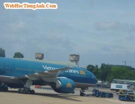 Tình huống 52: Tại phi trường – tiếng Anh thương mại (Anh-Việt)